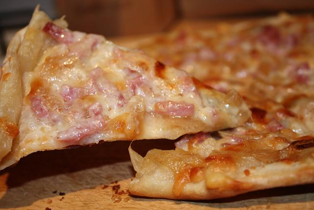 onions ham and gruyere intimidated by this pizza caramelized onions ...